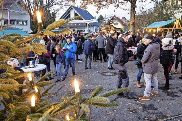 Adventsmärkte locken Besucher