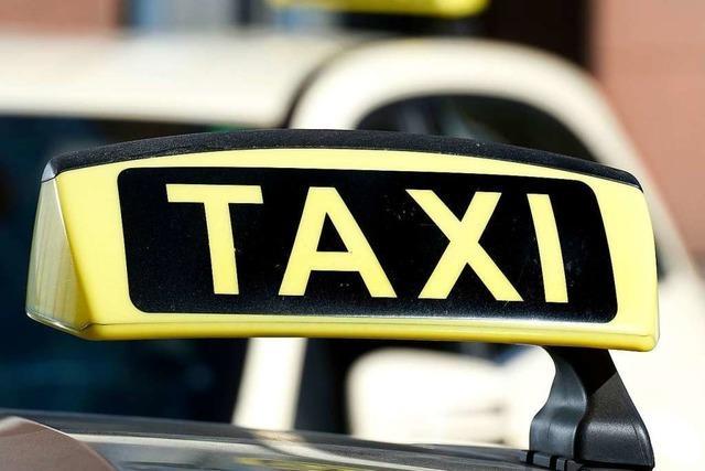 Zwei Taxifahrer in Weil am Rhein bestohlen