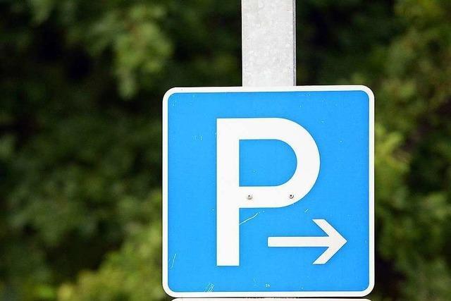 Polizei sucht nach Parkplatzrempler in Denzlingen eine Zeugin