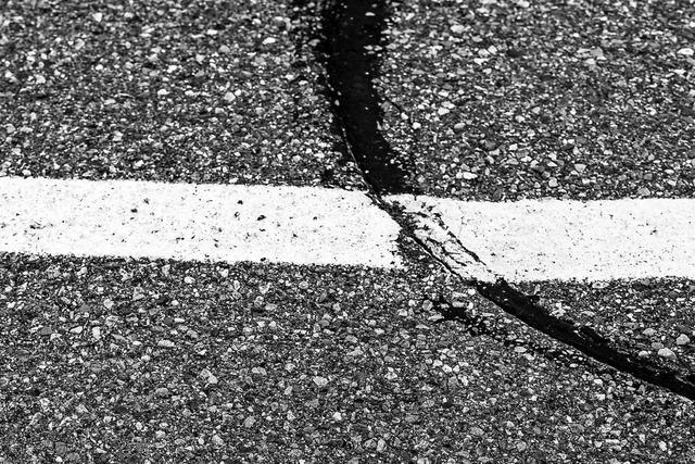 Die Feldberger Straßen werden mit einem Kamerafahrzeug vermessen