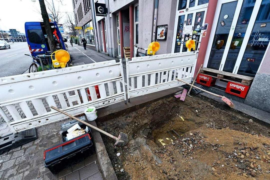 Energieversorger Badenova tauschte am ...cke Schnewlinstraße/Belfortstraße aus.  | Foto: Thomas Kunz