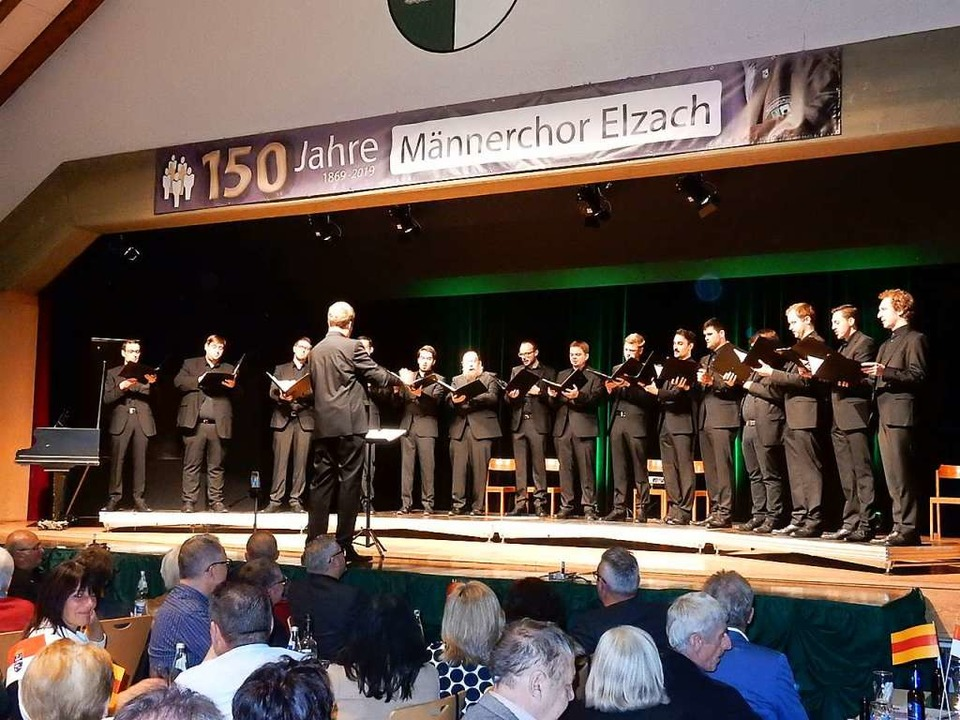 Das Gesangsensemble Vocapella aus Limb...der Lahn im Haus des Gastes in Elzach.  | Foto: Kurt Meier