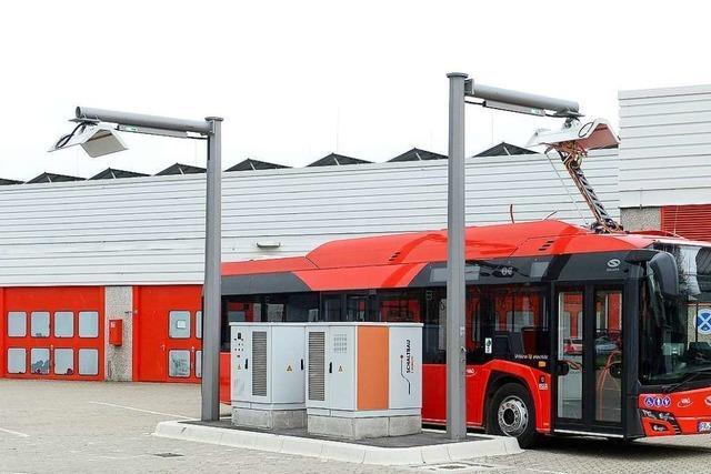 Freiburg rüstet vier komplette Buslinien von Diesel- auf Elektrobusse um