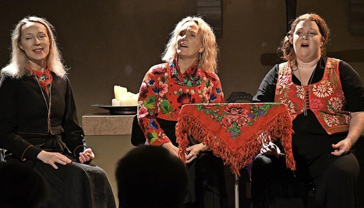 Irmelin mit Eva Rune, Karin Ericson un...der evangelischen Stadtkirche Lörrach   | Foto: Barbara Ruda