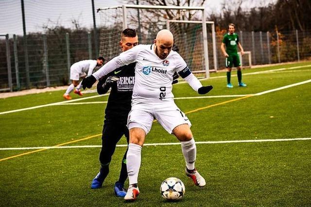 FC Huttingen auf Kurs, FC Hausen muss offensiv nachbessern