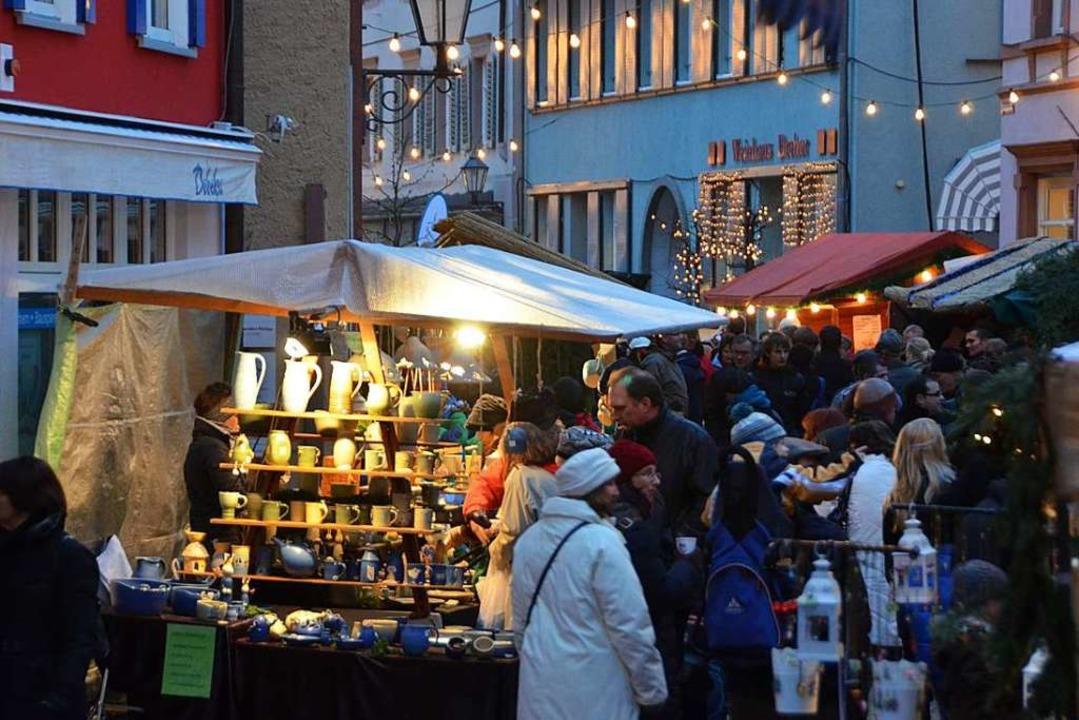 Beliebt: Weihnachtsmarkt in der Lammstraße  | Foto: Sylvia-Karina Jahn