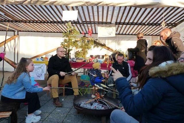 Zum ersten Mal oder alle Jahre wieder: 43 Verkaufsstände beim Marcher Weihnachtsmarkt