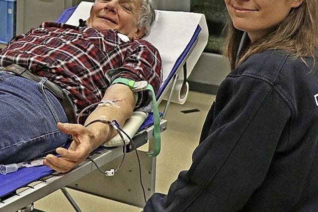 DRK zählt auf viele treue Blutspender
