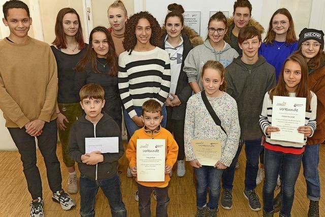 15 Einzelsieger und ein Gruppe gewinnen beim Jugendfotopreis