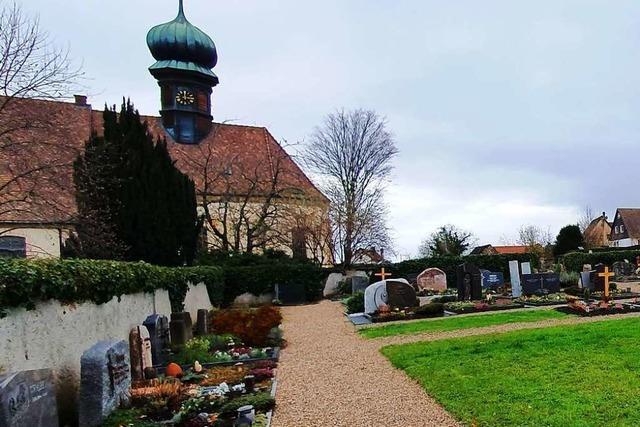 Auf dem Söldener Friedhof gibt es kein freies Einzelgrab mehr