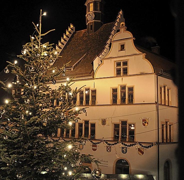 Lichterglanz am Rathaus  | Foto: Rainer Ruther