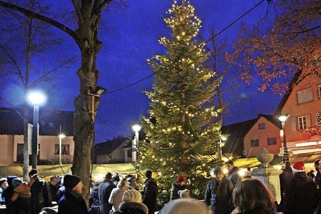 Rathausplatz wird zum Weihnachtsdorf