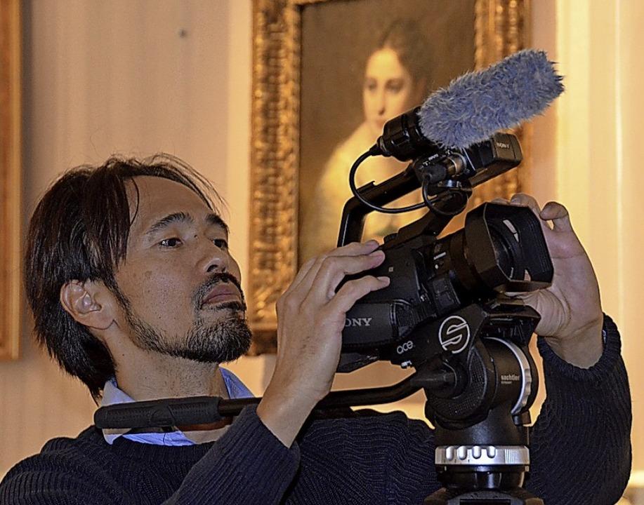 Kameramann Ken Iwai in Aktion.   | Foto: Christiane Sahli