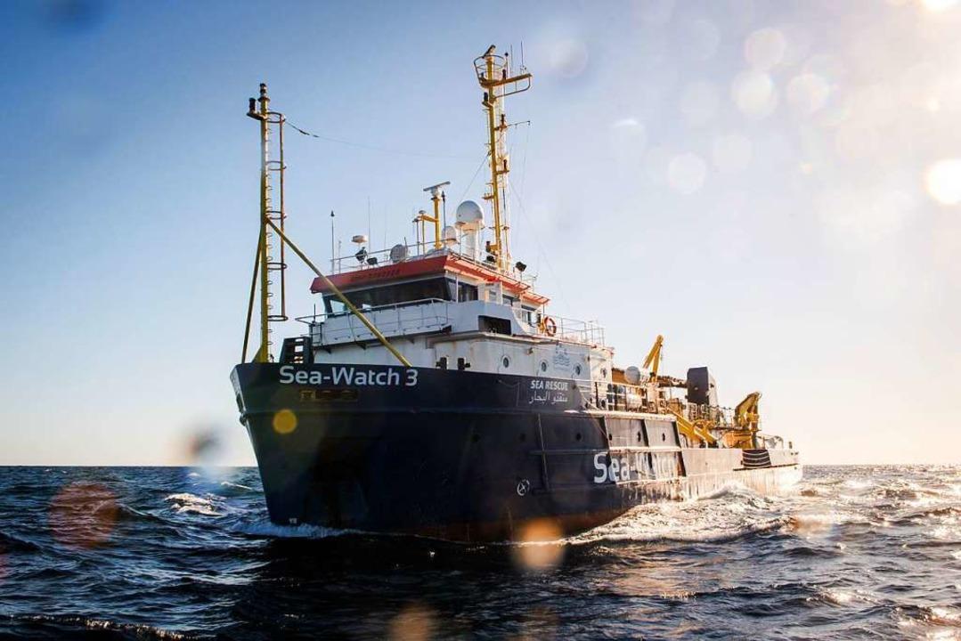 Die Sea-Watch 3  | Foto: Chris Grodotzki , Jib Collective (dpa)
