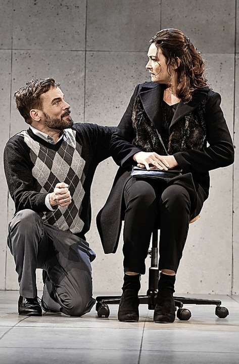 Jaqueline Macaulay und Wanja Mues     Foto: Joachim Hiltmann