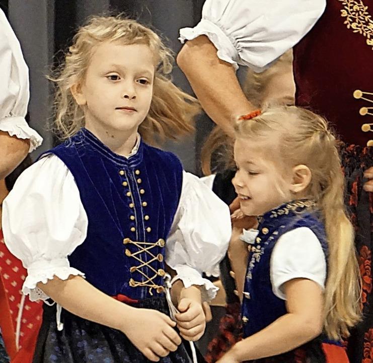 Die Kindertanzgruppe in Aktion.  | Foto: Werner Steinhart