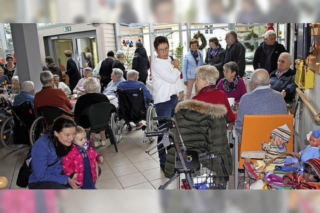 Bastelarbeiten der Senioren sind gefragt
