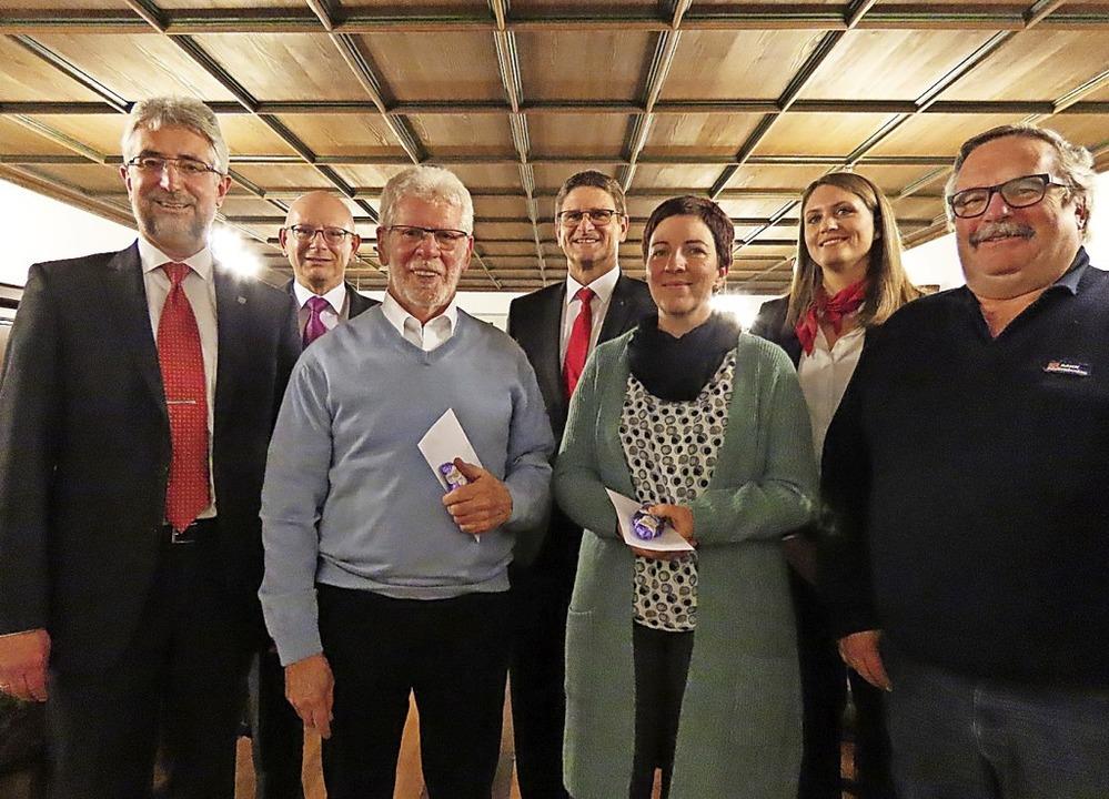 Freuen sich über die Spendenübergabe d...er, Sabrina Huber und Siegfried Eckert    Foto: Gerd Leutenecker