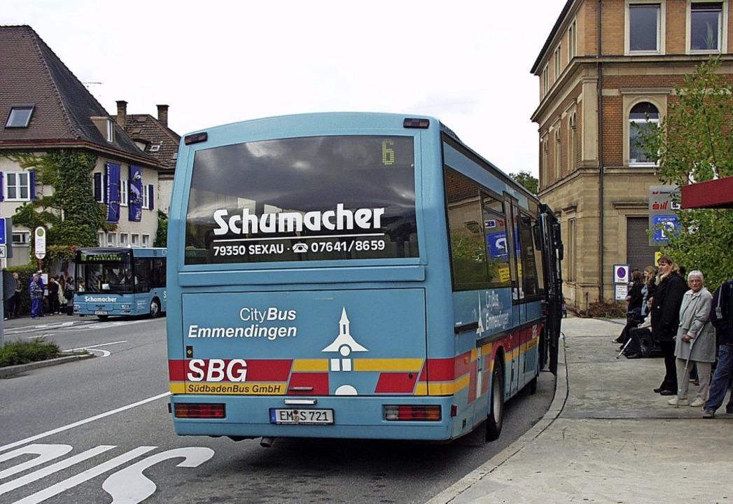 Als der Stadtbus noch Citybus hieß: Sc... und gegenüber das ehemalige Musiclab.  | Foto: Sylvia-Karina Jahn