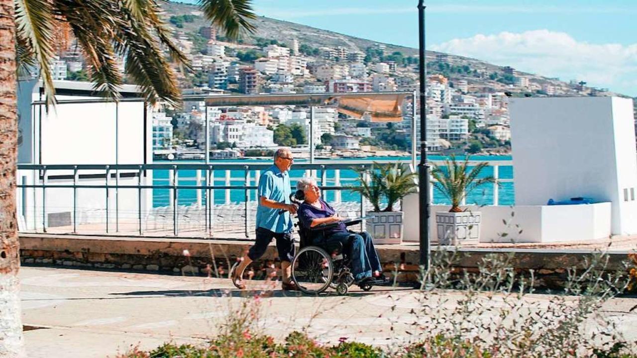Niggi und Annette auf ihrer Reise durch Griechenland    Foto: Fanny Bräuning