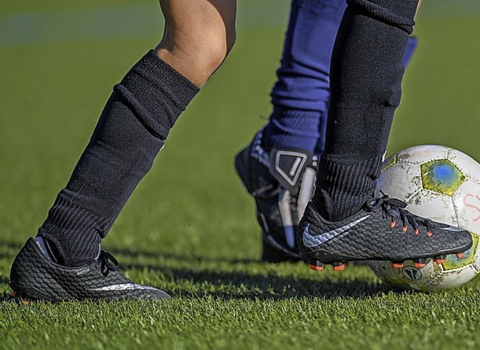 Ohne Trainer gibt es keinen Jugendfußball.    Foto: Patrick Seeger