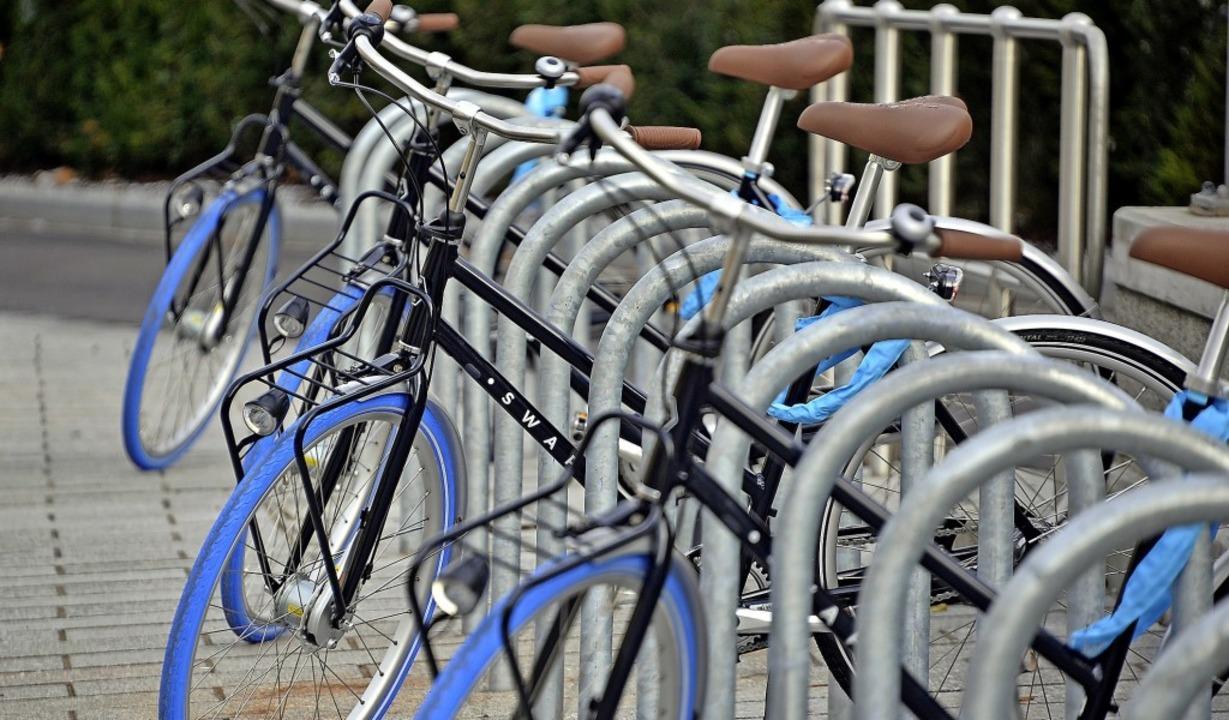 Mit dem blauen Vorderrad fallen die Ab... ein Fahrradverleih aufgebaut werden.   | Foto: Michael Bamberger