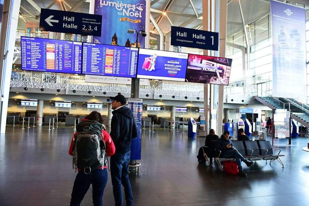 17 Flüge mussten am Euroairport wegen des Streiks gestrichen werden.  | Foto: Guy Greder