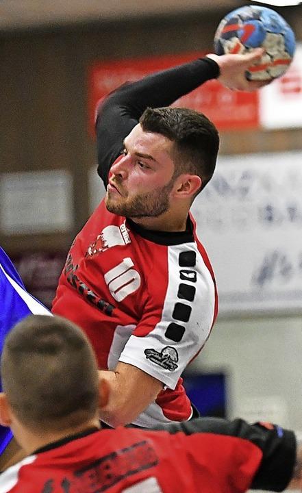 <BZ-FotoAnlauf>Landesliga:</BZ-FotoAnl...Neuenburg zum zweiten Saisonsieg aus.   | Foto: Achim Keller