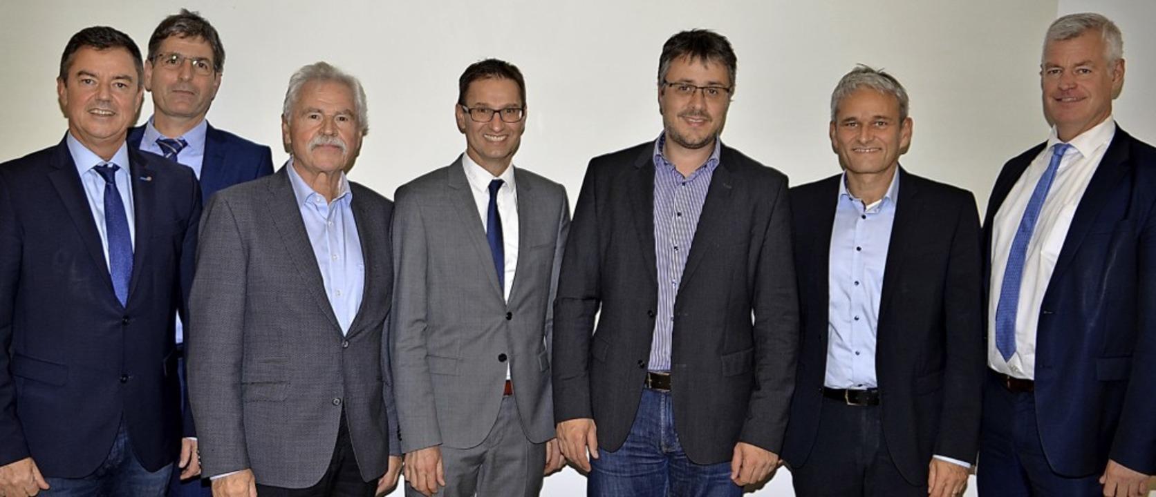 Der Verbandsvorsitzende  Volker Kieber...sserzweckverband 20 Jahre angehörte.      Foto: Hans-Jochen Voigt