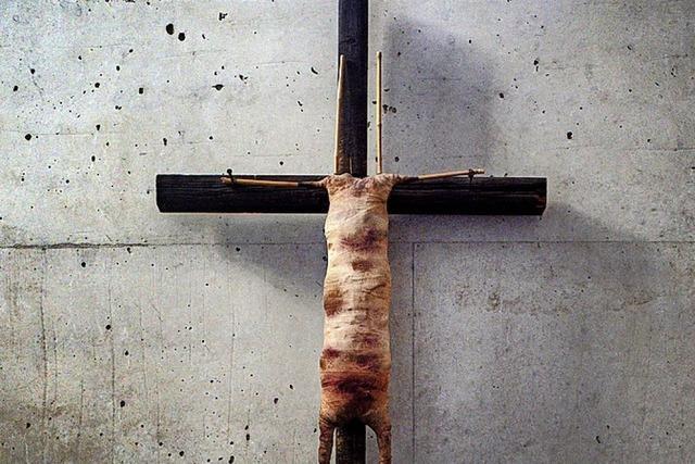 Mullbinden statt Jesus-Figur