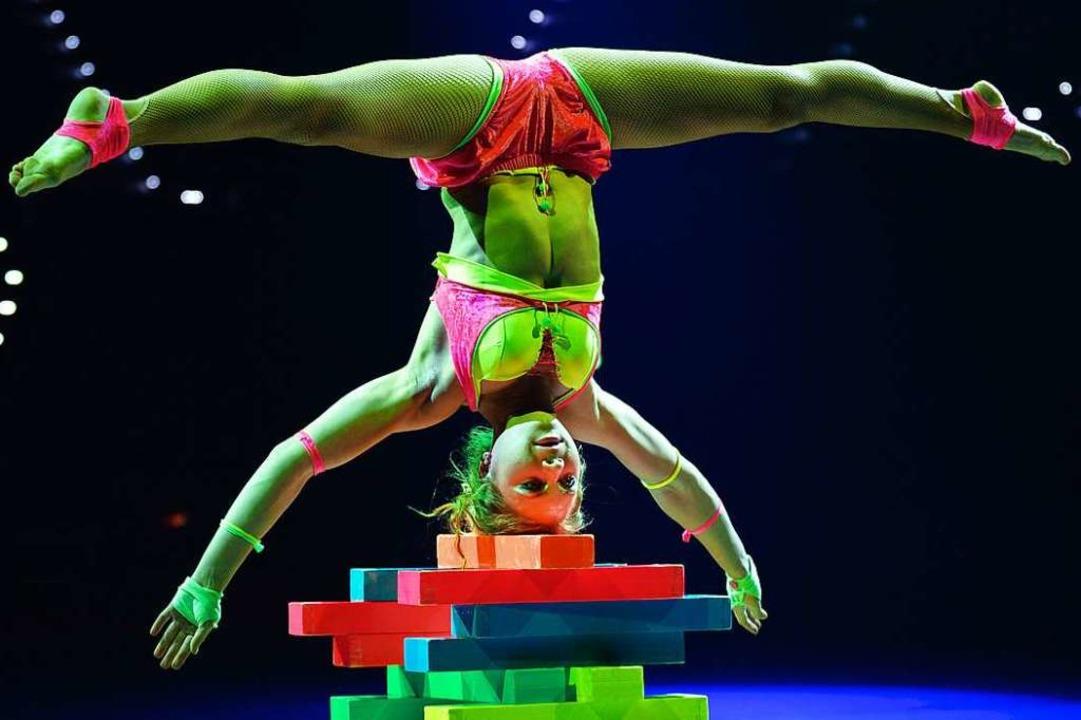 Scheinbar spielerisch: Spitzenartistin Viktoria Gnatiuk  | Foto: MINKUSIMAGES