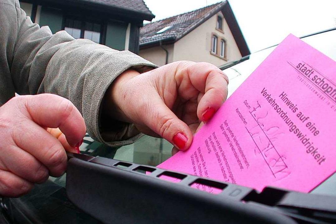 Rosafarben wie die städtischen Bußgeld...deutlich weniger Verstöße registriert.    Foto: André Hönig