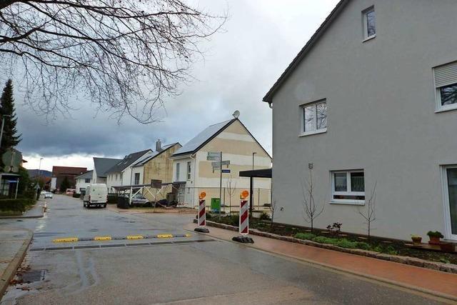 Ortschaftsrat Neuershausen drängt auf Sanierung der Straßen im Kapellenweg