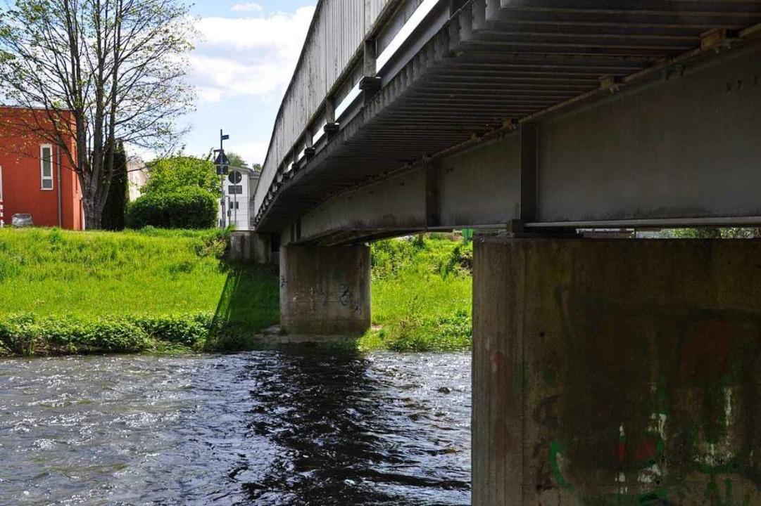Sanieren? Neu bauen? Am Montag geht es erneut um die Brücke Ehner Fahrnau.  | Foto: Nicolai Kapitz
