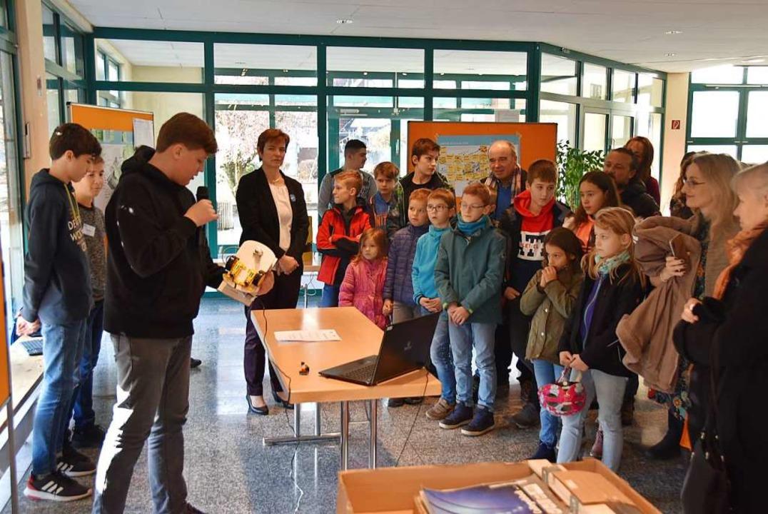 Zum Abschluss werden die Projekte Elte...lern der Bötzinger Schule vorgestellt.    Foto: Manfred Frietsch