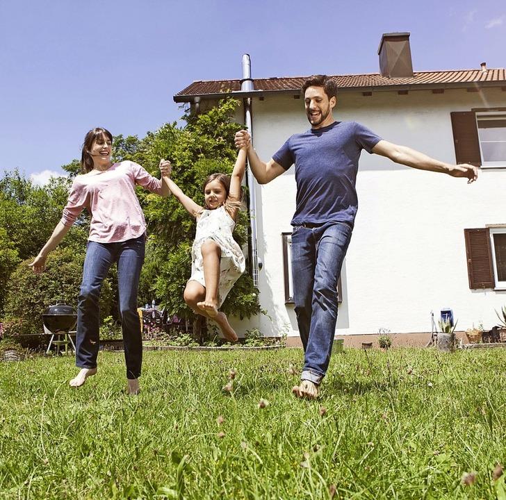 Grund zur Freude: Das Baukindergeld so... den Umzug ins Eigenheim erleichtern.   | Foto: Rainer Berg