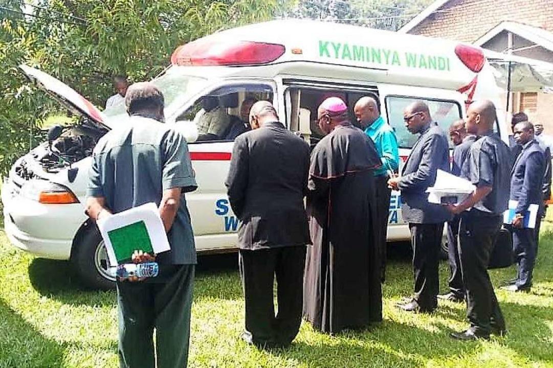 Mit Hilfe von Spendern aus der Region ...gandischen Diözese Kasese angeschafft.  | Foto: Peter Basaliza Mubunga