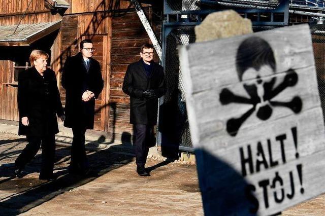 Merkel gedenkt der Opfer im Nazi-Konzentrationslager Auschwitz