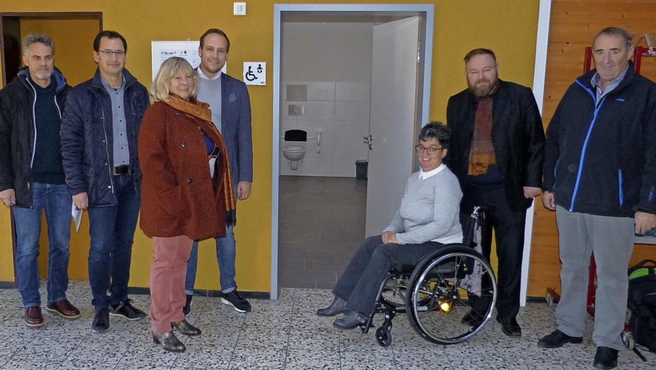 Die neue Toilette für Menschen mit ein...der Öffentlichkeit vorgestellt worden.    Foto: Aribert Rüssel