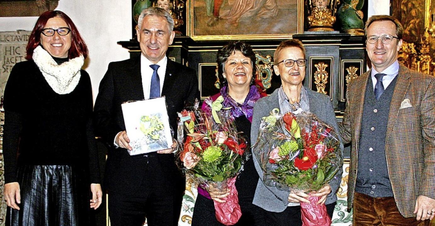 Der neue Band über Kunstdenkmäler  wid... Edith Hunziker sowie Ferdinand Pajor.    Foto: Charlotte Fröse