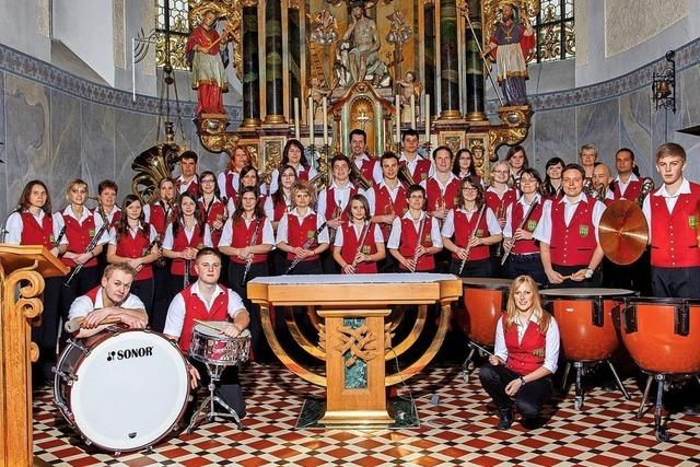 Musikverein spielt Märchenhaftes