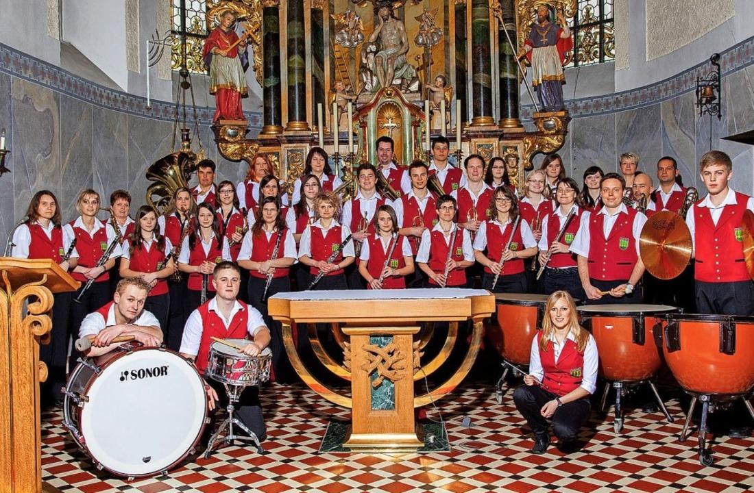 Der Musikverein Oberwihl, im Bild in d... wieder in die Hotzenwaldhalle zurück.  | Foto: Peter Schütz