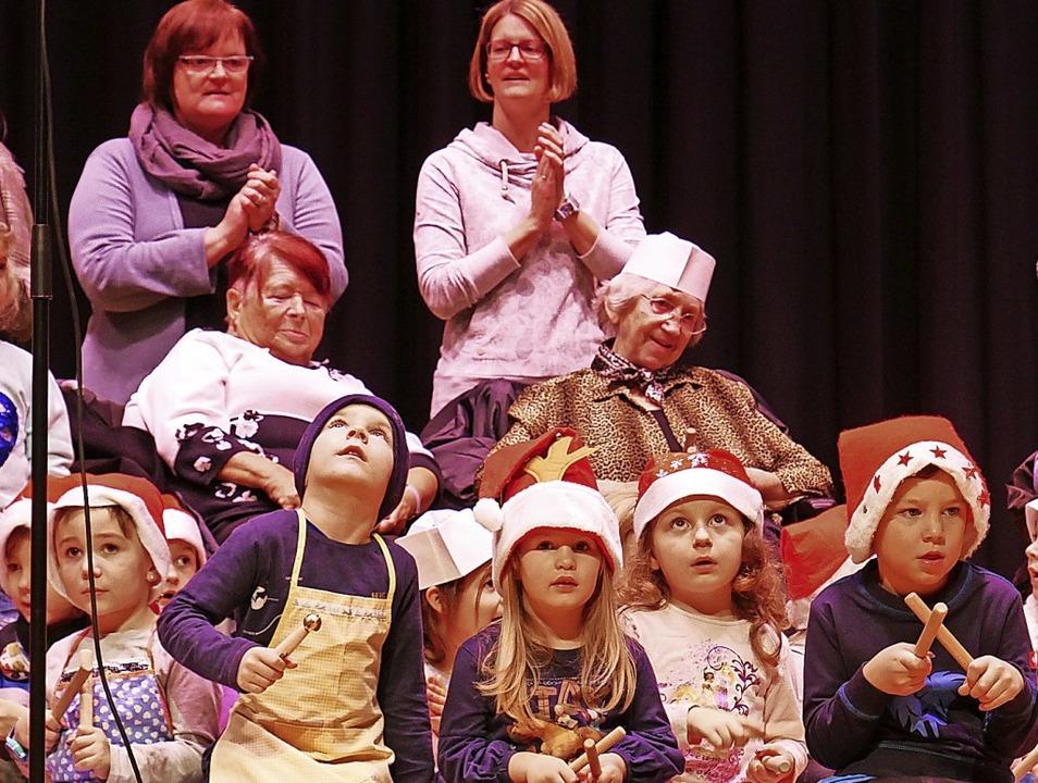 Die Kinder aus dem Kindergarten Seebod...eims Wehr sind gemeinsam aufgetreten.     Foto: Michael Gottstein