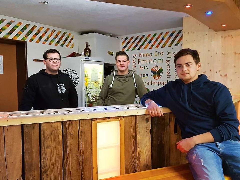Im Januar stellten Timon Willmann (von...u gestalteten Jugendclub Holzwurm vor.  | Foto: Beate Zehnle-Lehmann