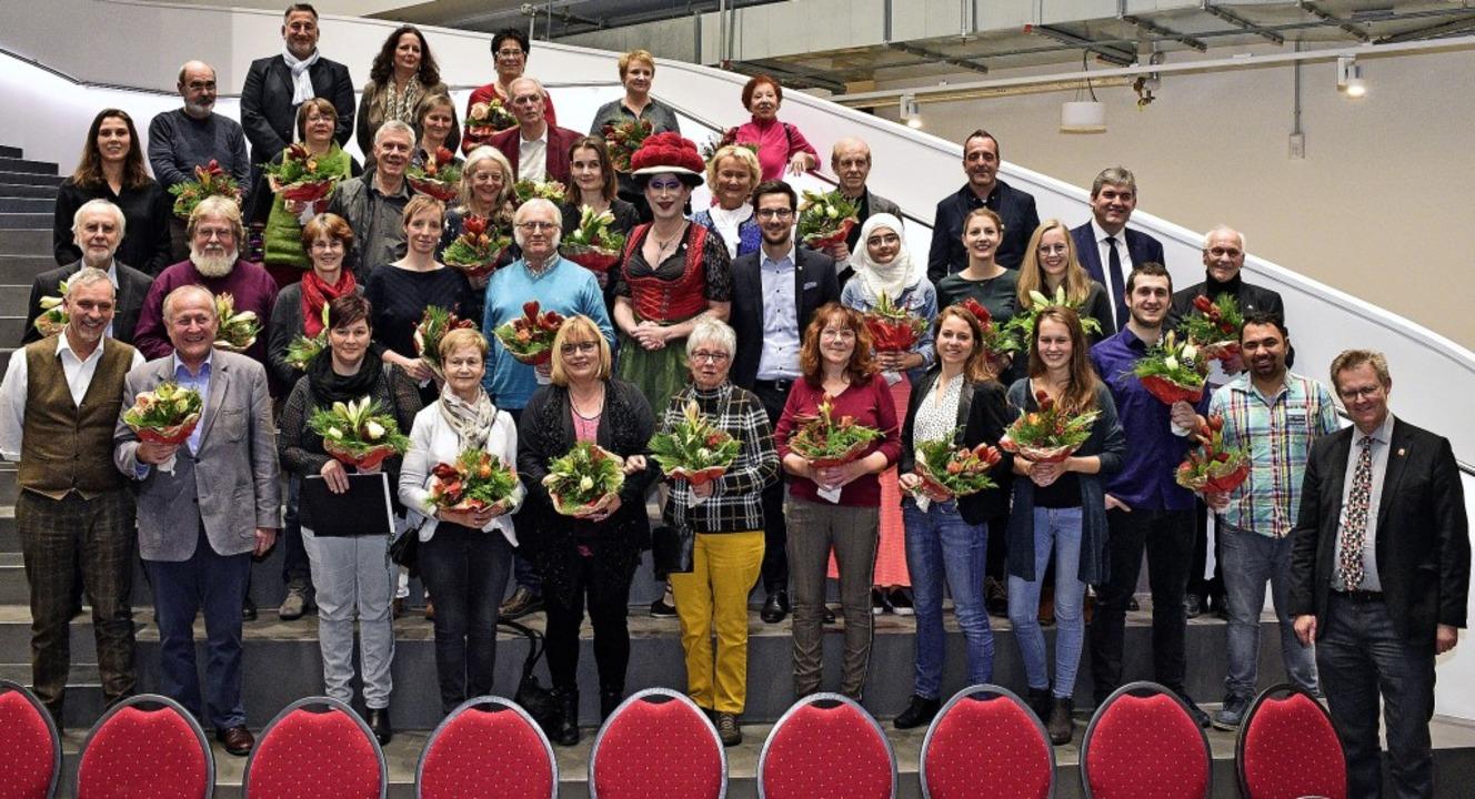 Zum Internationalen Tag des ehrenamtli...e sich für andere einsetzen, geehrt.    | Foto: Thomas Kunz