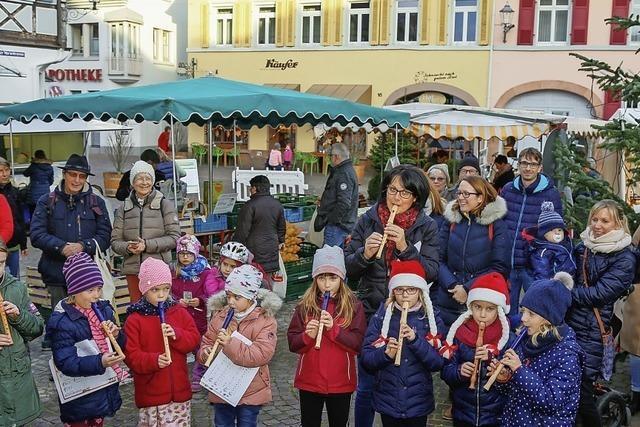 Flötentöne auf dem Wochenmarkt