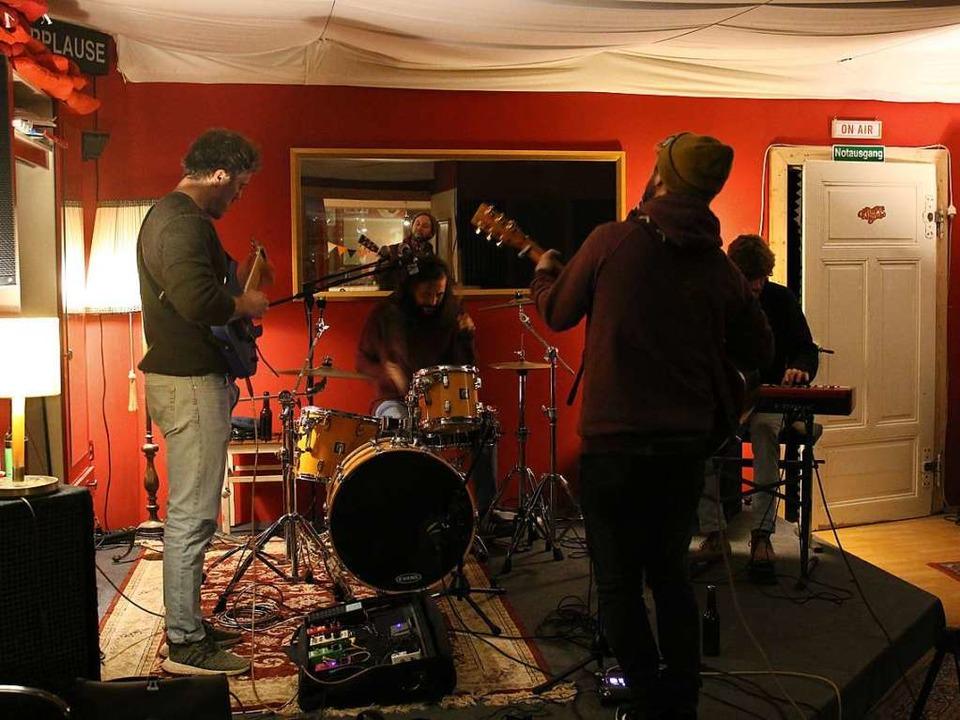 Zusammen auf der Bühne stehen die Vier seit ungefähr einem Jahr  | Foto: Vincent Zeile