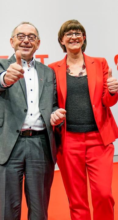 Frisch gewählt: Norbert Walter-Borjans und Saskia Esken    Foto: Kay Nietfeld (dpa)