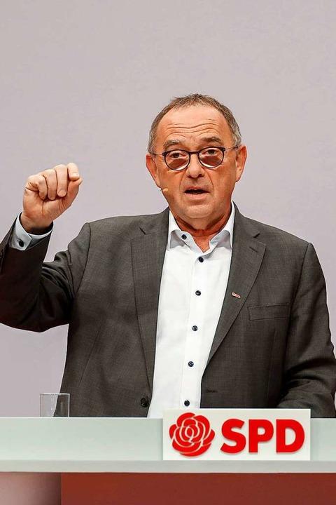 Der neue SPD-Chef Norbert Walter-Borja...eitag auf dem SPD-Parteitag in Berlin.    Foto: ODD ANDERSEN (AFP)