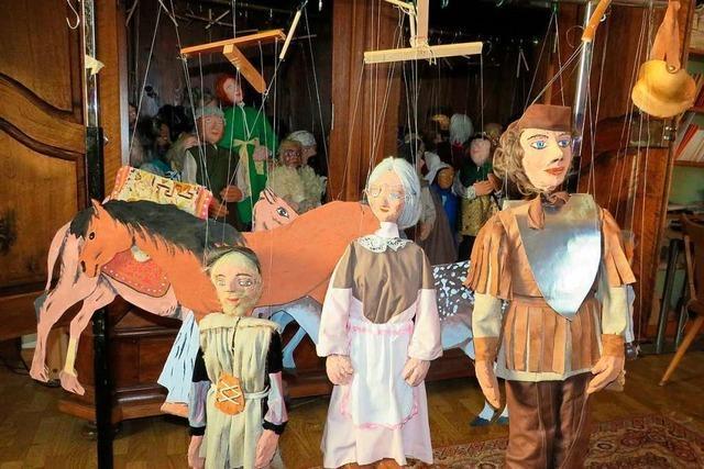 Eine Rheinfelderin bastelt seit 40 Jahren Marionetten fürs Krippenspiel